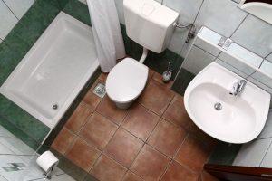 Dalmatinske kućice Hvar Skalinada kupaona