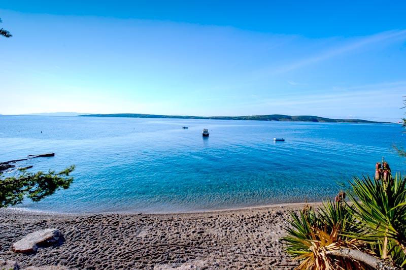 Skalinada plaža pogled 2