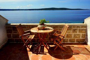 Skalinada Hvar Suite terasa pogled na more